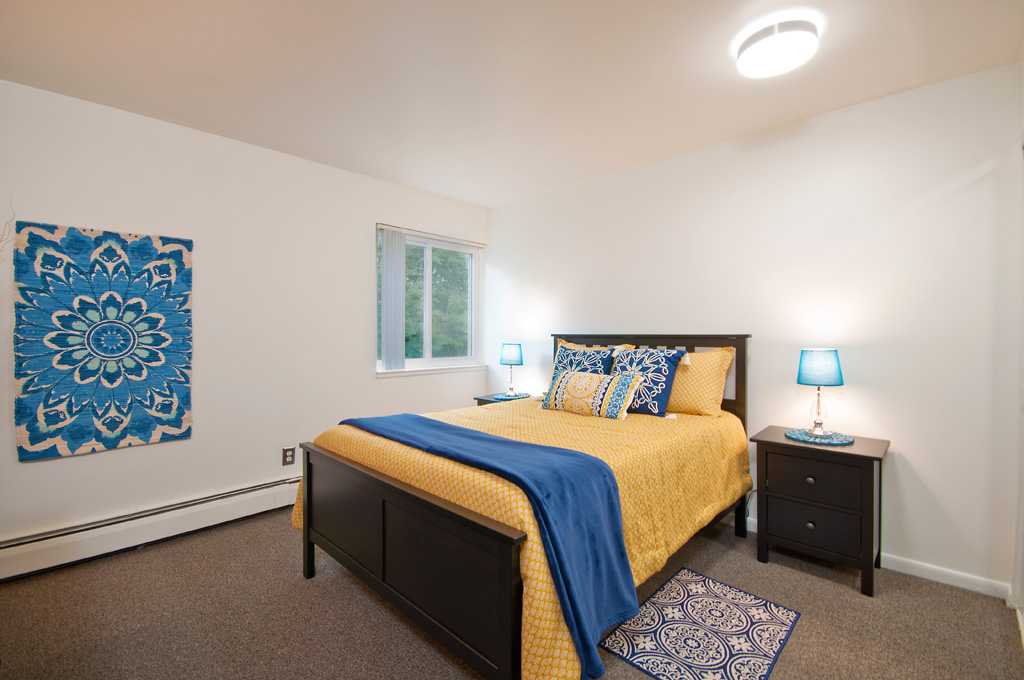 eastwind apartments 2025 s huron parkway downtown ann arbor apartments. Black Bedroom Furniture Sets. Home Design Ideas
