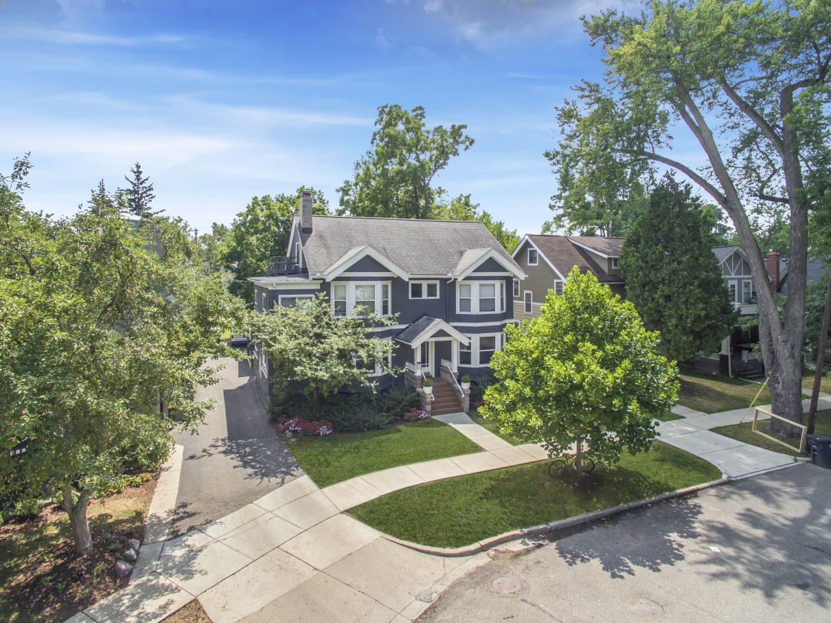 820 McKinley | 1, 2, & 3 Bedroom Apartments for Rent in ...